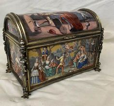 Silver Enamel, Decorative Boxes, Museum, Hand Painted, Antiques, Table, Painting, Home Decor, Antiquities