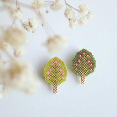 Avec deux arbres ... Ça fait une forêt ? ☺️ #rosemoustache #atelierperles #motifrosemoustache #perles #perlesaddict #lapetiteepicerie #brickstitch #jenfiledesperlesetjassume #jesuisunesquaw #defipocahontas #mondiyamoi
