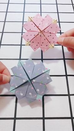 Origami handmade video tutorial, Visit the Website for More Hairstyles Inspiration Origami Fish, Paper Crafts Origami, Paper Crafts For Kids, Origami Art, Diy Arts And Crafts, Creative Crafts, Diy Paper, Oragami, Paper Flowers Craft