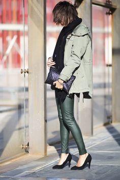 Sissy à la mode: Parka - Blanco, Shoes - Primark, Pants - Zara, Scarf - Stradivarius, Bag - Zara