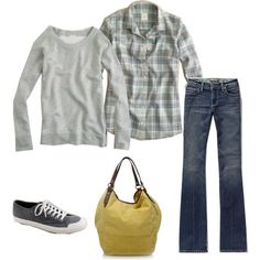 another comfy and classic, great to wear to your kids saturday soccer/cheer game.. :)