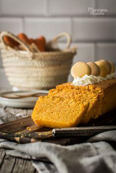 Bizcocho de almendra y zanahoria. Carrot and almond cake. Almond Cakes, Carrot Cake, Carrots, Cheese, Gluten, Food, Journal, Baking, Canela