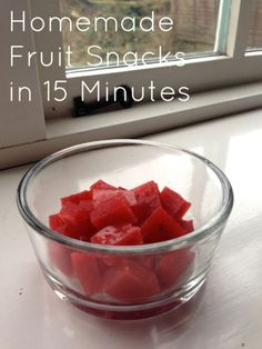 Homemade fruit snacks in 15 minutes