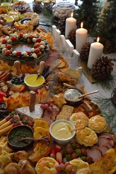 Boksomdaais Boutique Events - Home Rustic Christmas, Christmas Eve, South African Dishes, Party Food Buffet, African Christmas, Bespoke, Catering, Celebration, Table Settings
