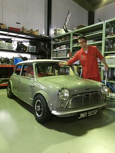 Classic Mini, Classic Cars, Mini Me, Old Cars, Racing, Japan, Madness, The Originals, American