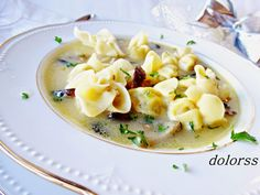 Blog de cuina de la dolorss: Sopa de Navidad con setas y saquitos de pasta fresca