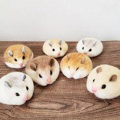Wool Needle Felting, Needle Felting Tutorials, Needle Felted Animals, Felt Animals, Cute Animals, Felt Crafts Diy, Cute Crafts, Cute Polymer Clay, Felt Cat