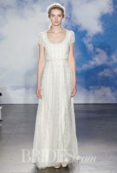 """Brides.com: Wedding Dresses for Petite Figures """"Destiny"""" strapless ivory and nude beaded tulle trumpet wedding dress with a sweetheart neckline, Monique LhuillierPhoto: John Aquino and Steve Eichner"""