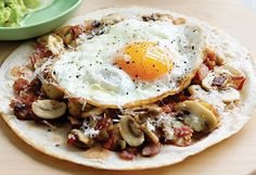 Mushroom Breakfast Tortilla Don't be in the dark about the power of mushrooms Best Egg Recipes, Healthy Mexican Recipes, Wrap Recipes, Yummy Recipes, Breakfast Tortilla, Tortilla Recipe, Stuffed Mushrooms, Stuffed Peppers, Healthy Family Meals