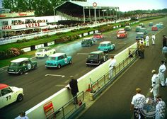 Mornin Miniacs! Looks like it's all GO GO GO on this Sunday Screamer track shot. Perfect start to a Sunday I reckon. Have a great day folks