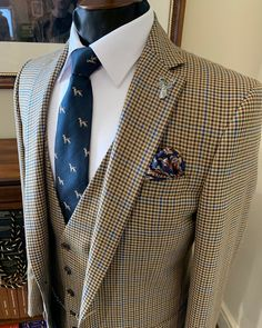 @whitfieldandward posted to Instagram: BESPOKE WEDDING SUIT INSPIRATION - this blue and brown tweed suit is perfect for every season. If you're thinking of having a bespoke wedding suit made we'd advise starting the process as soon as possible. Many of our weekends in April 2021 and May 2021 are already full 😥 To book your first 1 hour bespoke consultation with us call us on 01625 536545 ☎ ___________________________________________ #weddingsuit #menssuits #me Brown Tweed Suit, Tweed Suits, Mens Fashion Suits, Mens Suits, Tweed Wedding Suits, Summer Suits, Present Day, Bespoke, Suit Jacket