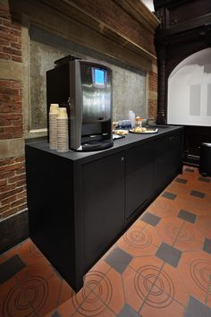 DSB Lounge - Hovedbanegården - PO Inventar - Desktop - Furniture Linoleum – Forbo – interior design