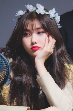 dedicated to female kpop idols. Kpop Girl Groups, Korean Girl Groups, Kpop Girls, K Pop, Loona Kim Lip, Homo, Mamamoo, Girl Crushes, My Girl