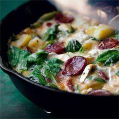 Frittata z ziemniakami, szpinakiem i chorizo