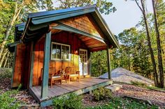 Tiny House Plans with open floor plan plus built in diner style booth. It features a main level sleeping nook, full bath, and a loft. Available now!