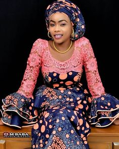Beautiful And Creative Ladies Dresses - 2020 African Print Dress; Beautiful And Creative Ladies Dresses – Dabonke : Nigeria Latest Gist and Fashion 2019 Source by dabonkefashion - African Dresses For Kids, African Fashion Ankara, Latest African Fashion Dresses, African Dresses For Women, African Print Dresses, African Print Fashion, African Attire, Ladies Dresses, Modern African Dresses