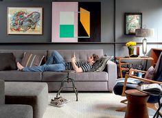 Existe algo melhor do que chegar em casa, tirar o sapato e cair no sofá após um dia longo de trabalho? Relaxar é necessário! Projeto de Maicon Antoniolli (Foto: Marco Antonio/Editora Globo)