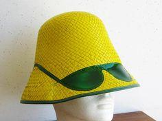 a5adb4798fc51 Vintage 60s Tiki Oasis Yellow Bucket Sunglasses Novelty Beach Blanket Bingo Sun  Hat