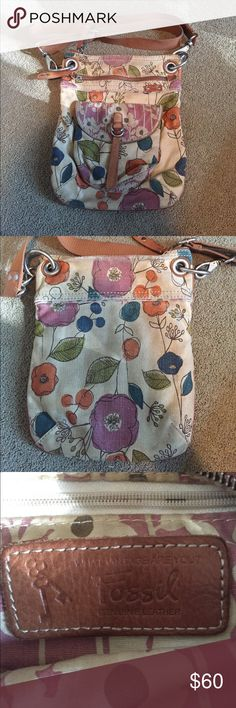 Fossil canvas cross body purse vintage floral Cute flower print fossil cross body purse. Vintage look. Original fossil purse bought from Macy's. I wore this for a short time and it's been safe in my closet since, very good quality! Fossil Bags Crossbody Bags