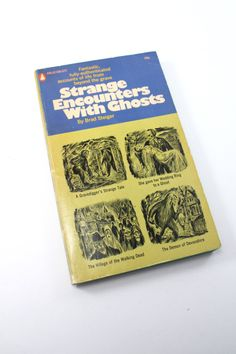"""1972 """"Strange Encounters With Ghosts"""" by Brad Steiger paperback book - vintage, retro, ghost stories, spooky!"""