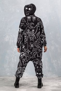 Plus Size Festival Outfit, Festival Outfits, Festival Clothing, Adult Onesie Pajamas, Graffiti Pictures, Fabric Structure, Rave Outfits, Mens Tees, Onesies