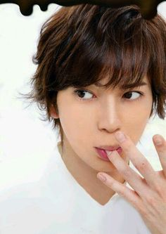 How I wish I was the finger 😂 Japanese Drama, Japanese Men, Japanese Beauty, Asian Beauty, Asian Celebrities, Celebs, Jun Matsumoto, You Are My Soul, Human Poses
