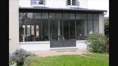 Extension of a house to Extension d'une maison à Versailles Extension Veranda, Glass Extension, Versailles, Crittall, Garden Studio, Facade House, House Facades, House Extensions, Ceiling Windows