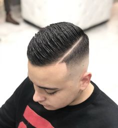 Here are some lovely and cute haircuts for men, these haircuts will give you an amazing look on your face when you try one. Buzz Cut Hairstyles, Ethnic Hairstyles, Cool Hairstyles, Hair And Beard Styles, Curly Hair Styles, Side Part Haircut, Gents Hair Style, Faded Hair, Fade Haircut