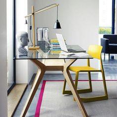 Jak urządzić idealne miejsce do pracy w zaciszu własnego mieszkania?