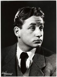 Philippe Noiret, 1951