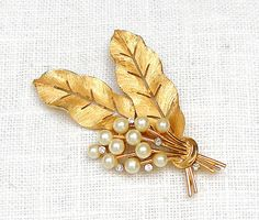 Vintage Trifari Brooch Pearl Rhinestone Gold Leaves Floral Bouquet Signed