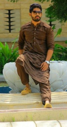New Kurta Designs 2014 Kurta Pajama For Men Design Punjabi With Jacket Simple Punjabi Style with Nehru Jacket Sikh Style Photos Source Li... Punjabi Kurta Pajama Men, Kurta Men, Gents Kurta Design, Boys Kurta Design, Wedding Dresses Men Indian, Wedding Dress Men, Nehru Jacket For Men, Pathani For Men, Mens Traditional Wear