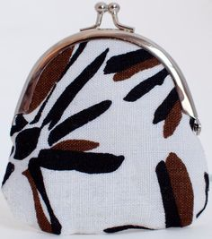 Linen Coin Purse Brown and Cream Floral by JohnMetBetty on Etsy #hudsonvalley, #hvnyteam