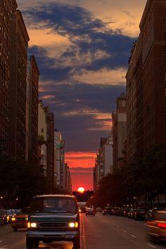 Manhattanhenge 2012, NYC