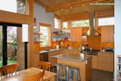 10 Things to Discuss With Your Contractor Before Work Starts http://www.houzz.com/ideabooks/25030494/list/10-things-to-discuss-with-your-contractor-before-work-starts