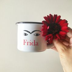 It's monday, but first : coffee !  Mug Frida Kahlo fait-main au Mexique