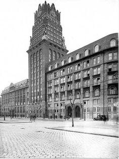 1944 - Budapest, art deco building