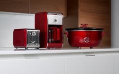Bella Dots Collection: Toaster, Coffee Maker and Slow Cooker - Red #BellaDots #BellaLife