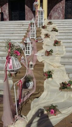 Στολισμός  εκκλησίας Church Wedding Decorations, Lanterns Decor, Rustic Wedding, Wedding Planning, Lily, Wedding Photography, Decorative Objects, Ladders, Mariage