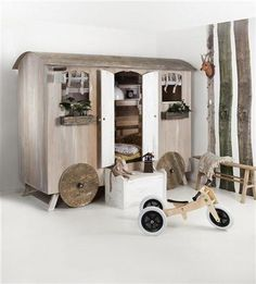 Probably the best thing ever! Gypsy wagon sleeping bunks <3