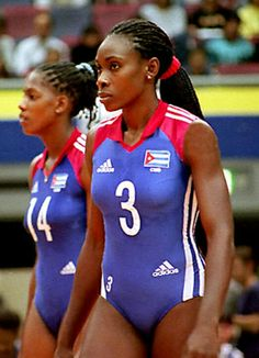 Mireya Luis, legendary former player, Cuba. Volleyball History, Olympic Volleyball, Volleyball Tips, Volleyball Shorts, Women Volleyball, Beach Volleyball, Professional Volleyball Players, Female Volleyball Players, Male Cheerleaders