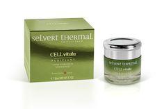 Crème Hydratante Matifiante: ayuda a mantener el nivel óptimo de hidratación en la piel del rostro durante todo el día dejándola libre de brillos y grasa incluso en la zona T.