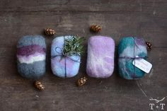 How to Make Felted Soap – Twig + Tale Wet Felting, Needle Felting, Felt Crafts, Crafts To Sell, Felted Soap Tutorial, Felting Tutorials, Felt Ball, Handmade Soaps, Diy For Kids
