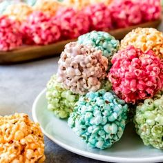 Children and grown-ups alike will love these easy Marshmallow Popcorn Balls that you can make with all the colors of the rainbow! They are perfect for Spring or just about any holiday and so much fun to make! Children and grown-ups alike wil Jello Popcorn, Marshmallow Popcorn, Popcorn Balls, Popcorn Recipes, Popcorn Snacks, Kid Snacks, Easy Snacks, Rice Krispie Treats, Rice Krispies