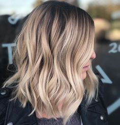 63 stunning examples of brown ombre hair - Hairstyles Trends Blonde Highlights On Dark Hair Short, Brown To Blonde Ombre Hair, Balayage Hair Honey, Sombre Hair, Men Blonde Hair, Honey Blonde Hair, Hair Highlights, Baylage Short Hair, Mi Long