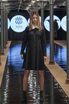 Tutu sztyblety na obcasie Apia #ankleboots #apia #chelseaboots #smallblackdress #derss #blackdress #shoes #heels #fashion #elegant