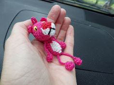 I made another variant of my pink panther, one that is smaller and wa . : I had made another version of my pink panther, one that is smaller and where the nose and belly are hooked immediately. Crochet Baby Toys, Crochet Bear, Crochet Patterns Amigurumi, Crochet Animals, Free Crochet, Crochet Keychain, Crochet Earrings, Peacock Crochet, Pink Panter