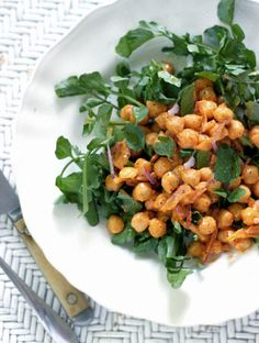 (vía My New Roots: Meatless Mondays with Martha Stewart - Roasted Red Pepper Chickpeas with Watercress)