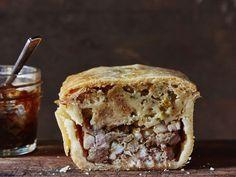 British Meat Pie Recipe Three kinds of pork make these the ultimate meat pie. British Meat Pie Recipe, British Recipes, British Dishes, English Meat Pie Recipe, Scottish Recipes, Scottish Dishes, Pie Recipes, Cooking Recipes, Gourmet