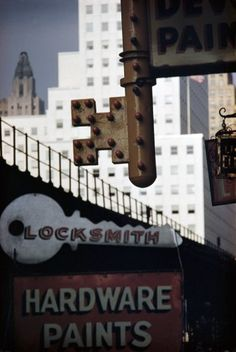 Locksmith Sign, NY, History Of Photography, Color Photography, Photo